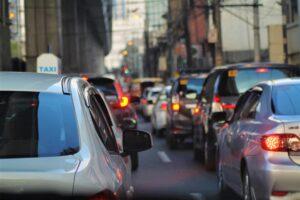 soulager le mal des transports avec du cbd